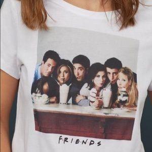 FRIENDS T-shirt w/ Printed Design